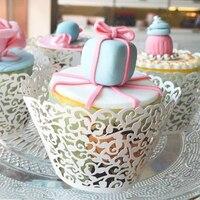 100 stk/partij Wit Laser Cut Cupcake Wrappers Kant Cake Cup Wraps Bruiloft Verjaardag Hoilday Feestartikelen Woondecoratie Gereedschap