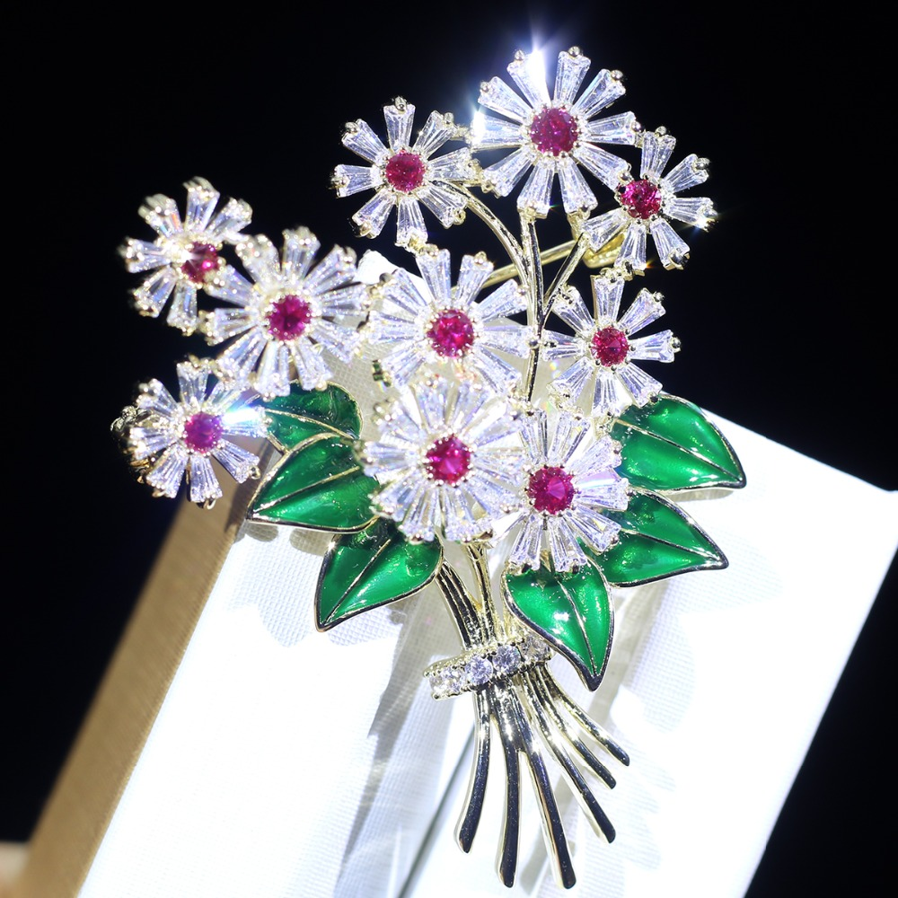ASNORA 2018 new elegant flower brooch women's clothing, high quality zircon needle head accessories clothing men and women gifts