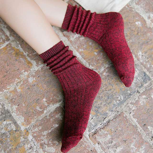 New Women Autumn Winter fashion Solid striped Silver wire sporty Girl Pile of socks korea cotton casual simple business wild