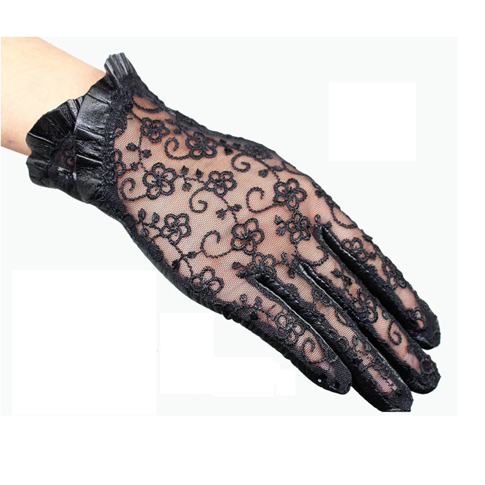 2019 Hot Sale Medival Lolita Women Lace Genuine Leather Gloves Unlined Nappa Lambskin Wrist Sunscreen Glove Free Shipping