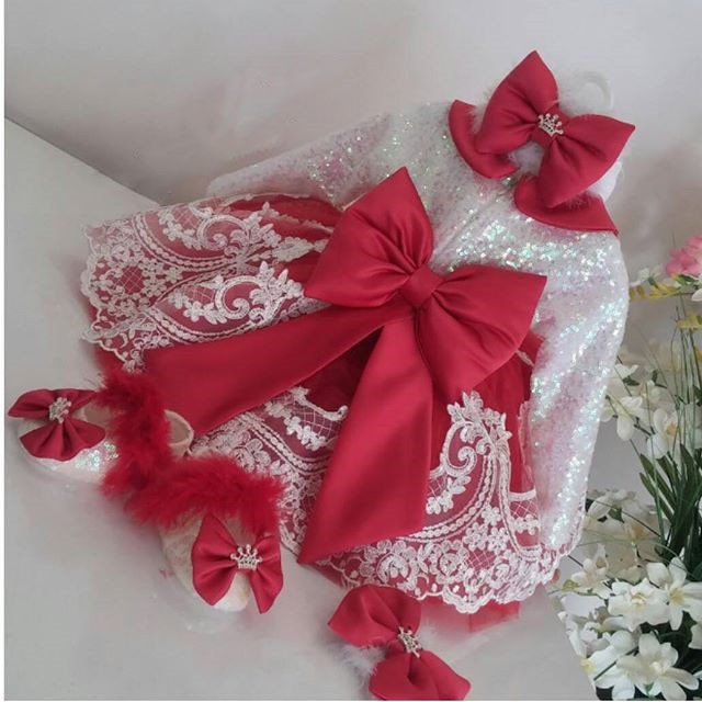 Cute Long Sleeve White Lace Red flower girl dresses with Bow baby Birthday Party Dress toddler girl pageant dress ball gowns 2017 red cute flower girl dress for wedding with crystals ruffle tulle baby lace dress little kids pageant gowns