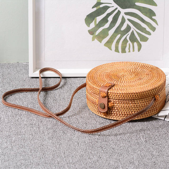 LJL Bali Vintage Handmade Crossbody Leather Bag Round Beach Bag Girls  Circle Rattan bag Small Bohemian 6f0460ad4732
