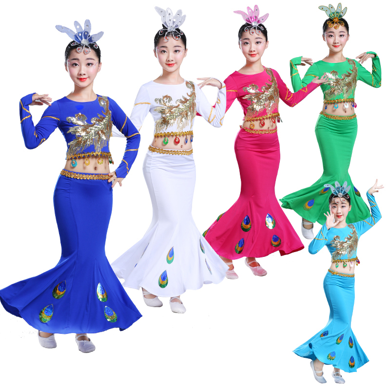 a800b1fee7ce5 US $22.0  Dai Children'S Indian Traditional Dress Peacock Dance Clothing  Girls Belly Dance Costume Sequins Tops Fishtail Skirt Set DWY1062-in Belly  ...
