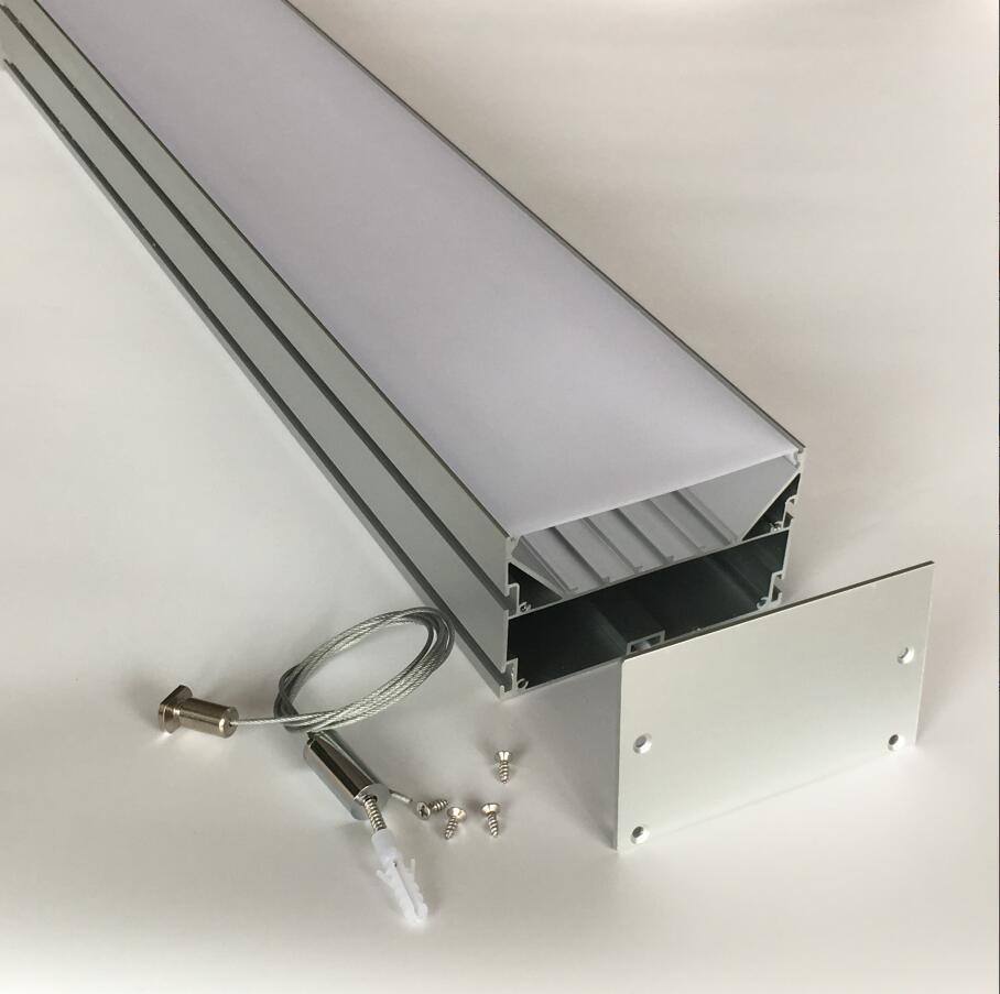 Profil d'extrusion de profil en aluminium LED avec couvercle blanc laiteux et embouts en aluminium et câble et connecteurs