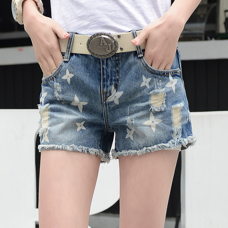 The new 2016 summer women s holes jeans female nail Korean loose large yards of denim