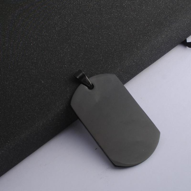1 pc 陸軍タグバッジ名犬タグペンダントマンチェーンネックレス黒色ステンレス鋼チョーカーチャームネックレス女性シンプルな宝石類のギフト