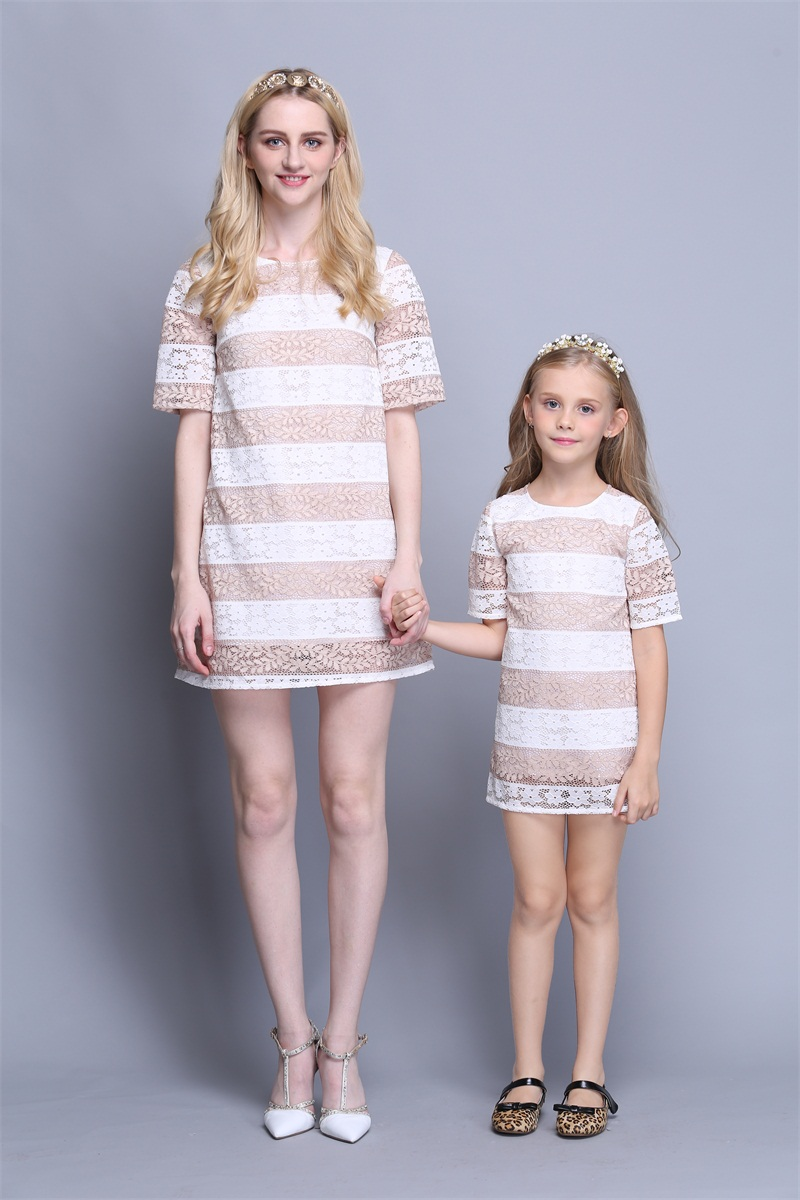 wholesale Summer family clothing kids striped mother and daughter matching fashion dress children girl evening party lace dress lace high low swing evening party dress