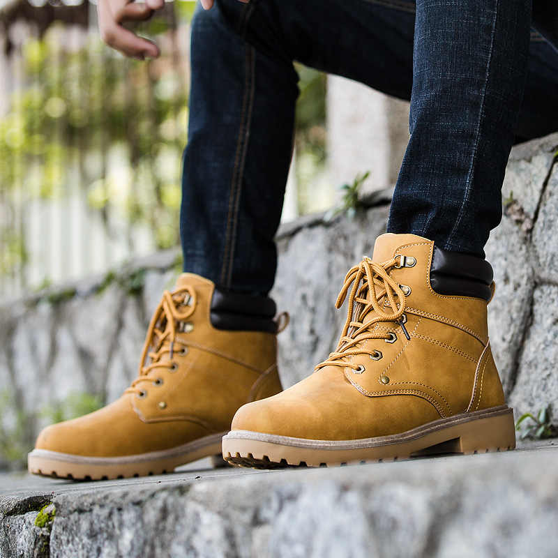 IPCCM/Новинка 2018 года; сезон весна-осень; дышащие высококачественные мужские кожаные ботинки; модные легкие повседневные Ботинки martin на шнуровке