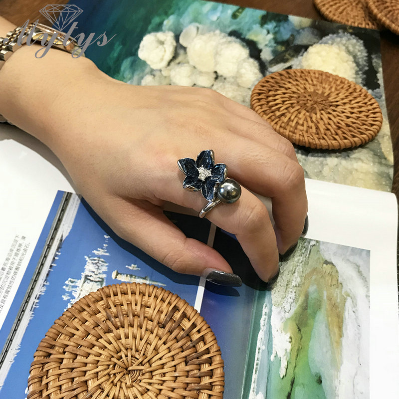 Mytys Dark Blue Enamel  Flower Rings For Women Black Pearl Ring Fashion  Party Jewelry High Quality Drop Shipping R2007
