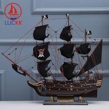 цены на LUCKK 70CM The Black Pearl Pirate Wooden Sailboat Ship Model Building Kits Home Decoration Accessorie Crafts Assembling Classics в интернет-магазинах