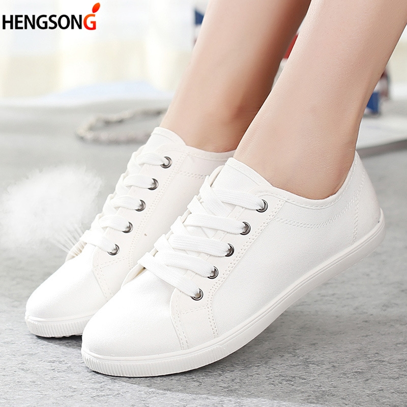 Brand Women Casual Shoes Sneakers Lace-up Flat Shoes Girls Students White Shoes 2018 Spring Fashion White Shoe Canvas OR867541 uovo brand kids spring autumn new sport shoes for girls green color casual sneakers kids fashion canvas shoe zapatos eu 30 37