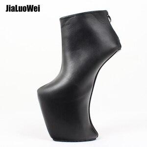 Image 1 - 女性 heelless プラットフォームブーツセクシーなラウンドつま先デザイン 2019 女性靴アンクルブーツファッションハイヒール大サイズ 36 46
