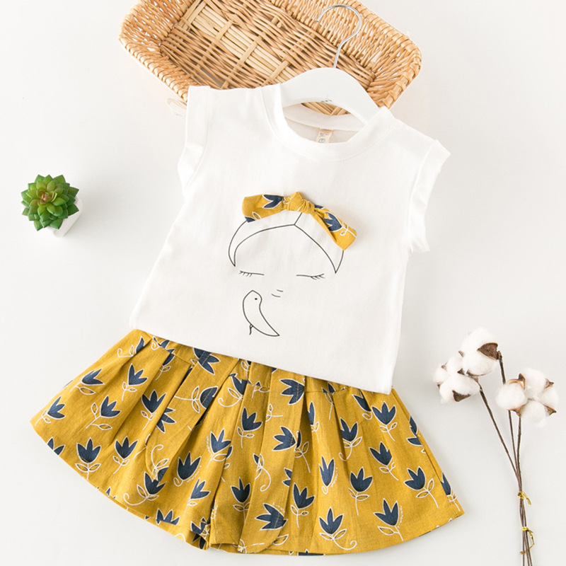 e1453d0c3b0 2018 Girls Clothes Summer Style Tops Shorts 2pcs Kids School Cute Print Set  Kid School Sport Fashion Clothes Set Hot-in Clothing Sets from Mother   Kids  on ...