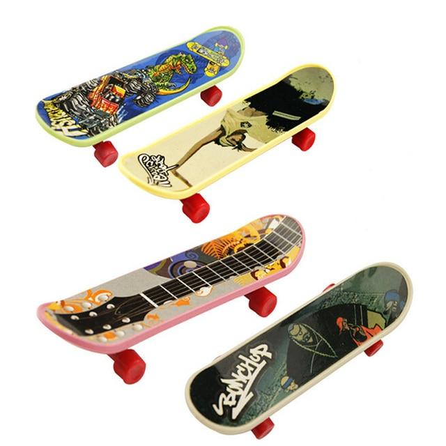 10pcs Lot Toy Mini Finger Board Truck Skateboard Boy Kid Children Party Sport Birthday Gift