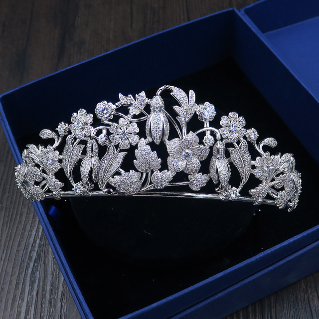 Dower me Shine Flower Crown AAA Zirconia Bridal Tiara Silver Wedding  Headpiece Hair Accessories Women Prom 7f9f50059a37