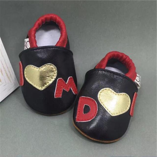 Al por mayor Nuevo Estilo Encantador Suave Del Bebé Niño Niña Niños Zapatos de Cuero Genuino Zapatillas de Niño Recién Nacido Primeros Caminante Infantil Calzado