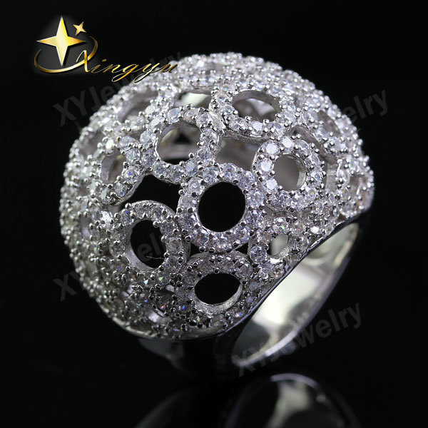 Fashion Micro Pave CZ Big Rings For Women White Austrian Crystals Circle Chunky Finger Rings Jewelry Love XYR100470