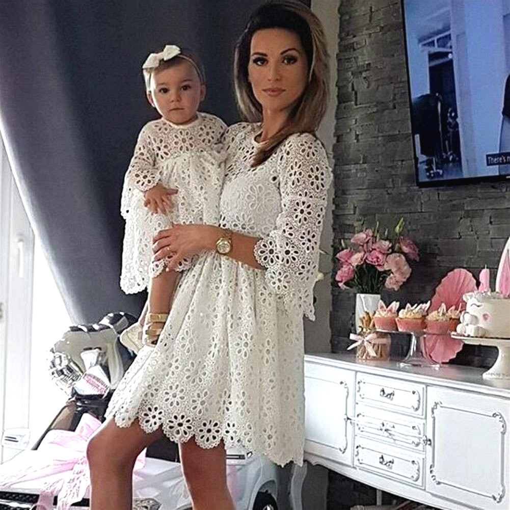 2019 Mother and Daughter Lace Long Sleeve Dress Family Matching Outfits Wedding Party Prom Dresses Women Baby Girls Clothing2019 Mother and Daughter Lace Long Sleeve Dress Family Matching Outfits Wedding Party Prom Dresses Women Baby Girls Clothing