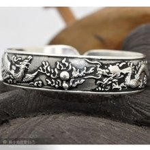 Exquisito plata de tíbet pulsera brazalete tallado T053