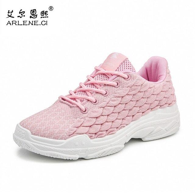 0c2e290ce 2018 Mosca Das Mulheres Tecer Plataforma Tênis de Corrida Leve Calçados Esportivos  Femininos Sapatos de Caminhada
