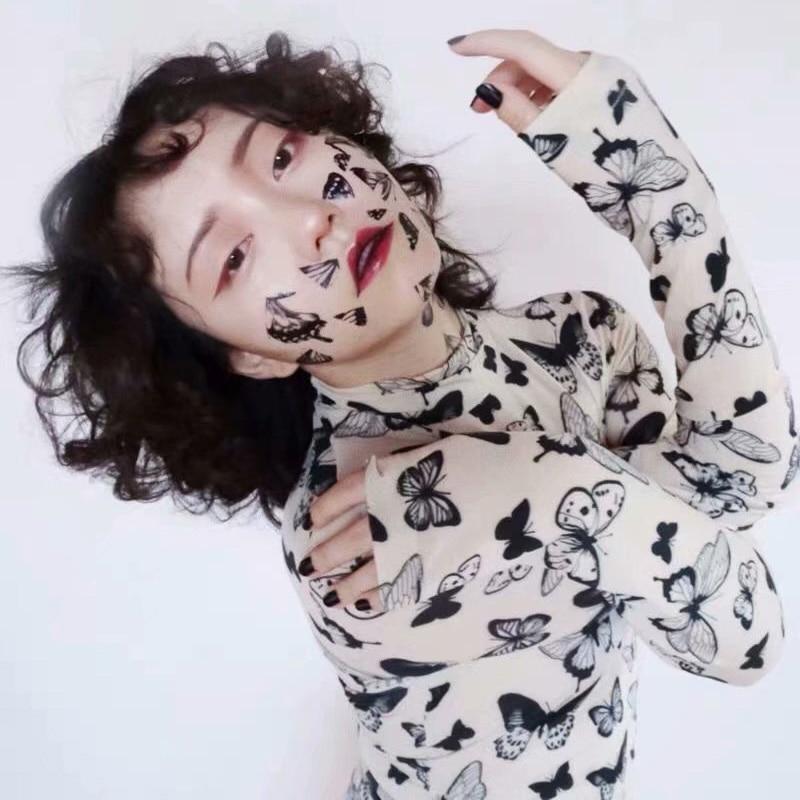 Exclusivo Harajuku Otoño Invierno cuello alto manga larga malla tops mariposa estampado camiseta mujer transparente