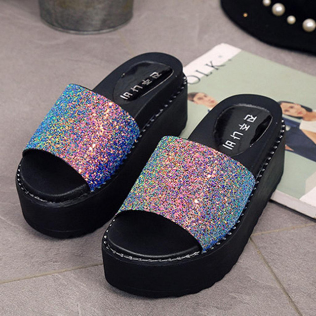 2018 Summer Women Slippers New PU leathe Bling Bling Slides Platform Bottom Sandals  Home Flip Flops Casual glitter Beach Shoes 04d755fe03cd