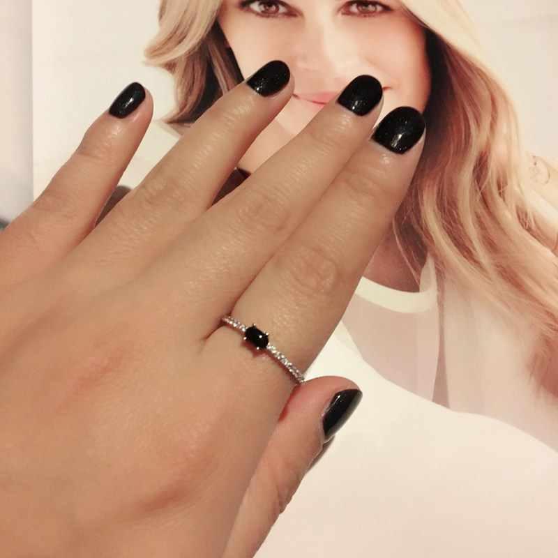 MIGGA elegante Micro empedrado de circonio cúbico negro piedra Anillo blanco oro mujer Anillo para el dedo joyería