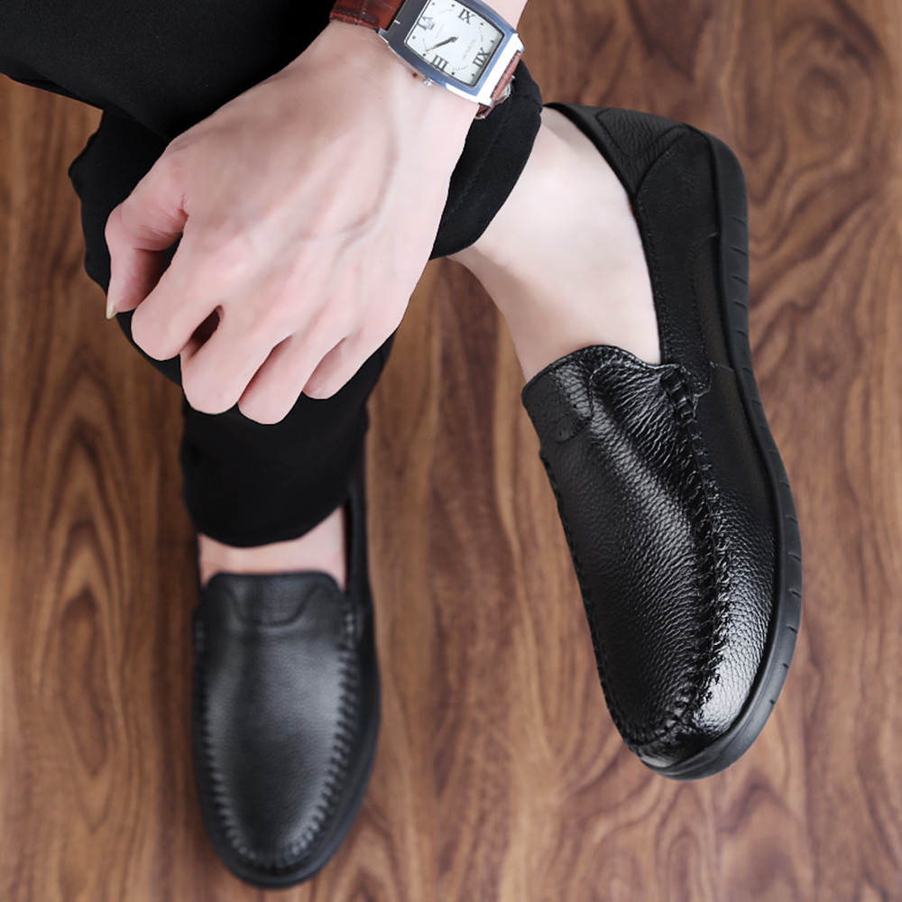 Casual Men Loafers Spring and Autumn Mens Slip on Soft Leather Moccasins Shoes Genuine Leather Men's Flats Shoes Big Size 36-46 men s casual shoes loafers spring autumn slip on loafers men black mens shoes casual mens loafers rivet big size 46 47 48 socks