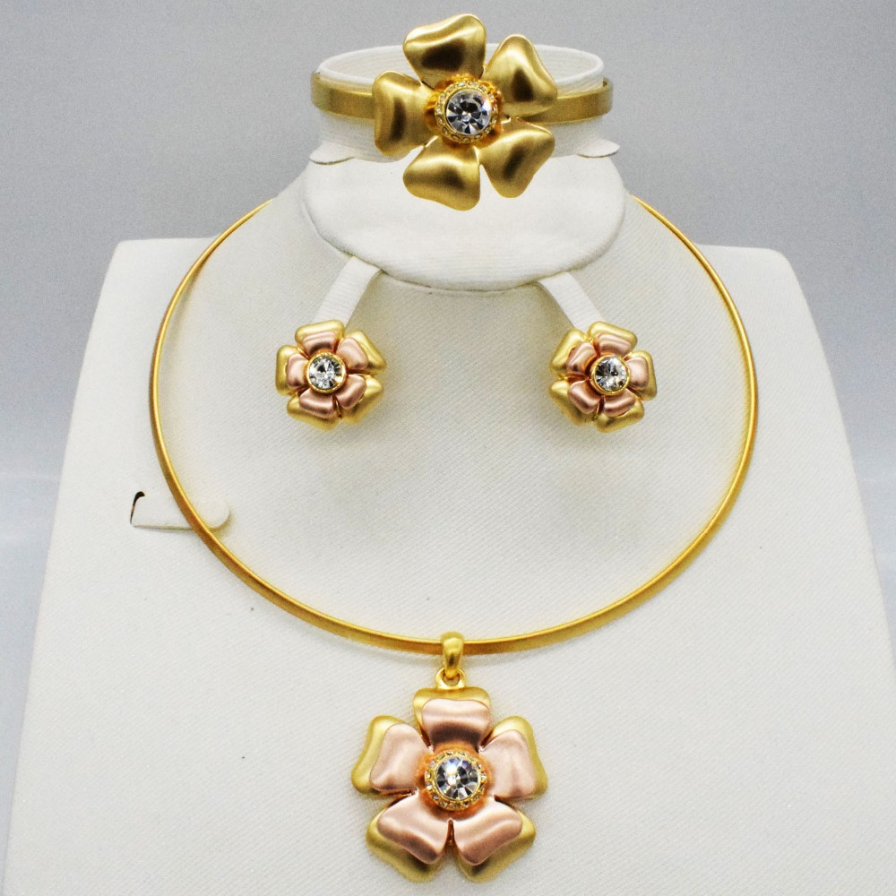 HOT Fashion wedding Dubai Africa Nigeria African Jewelry set gold-color necklace Earrings romantic woman Bridal Jewelry SetsHOT Fashion wedding Dubai Africa Nigeria African Jewelry set gold-color necklace Earrings romantic woman Bridal Jewelry Sets