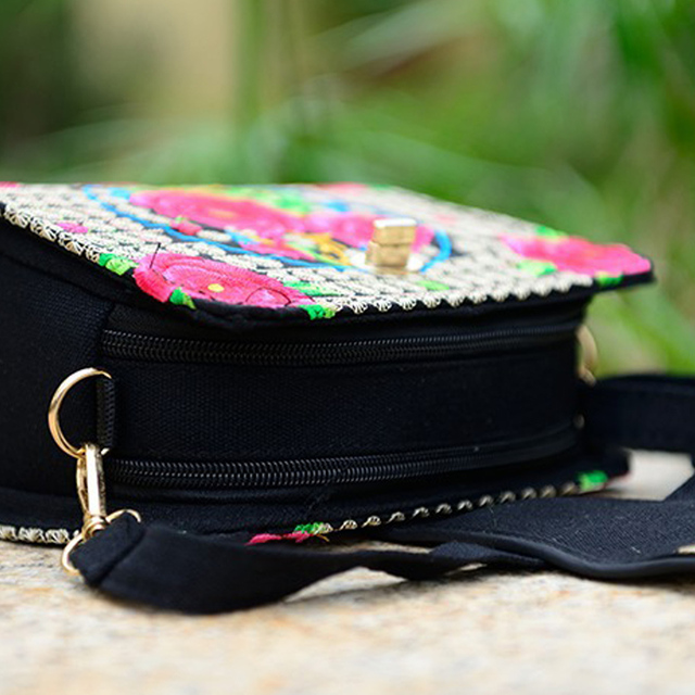 Women Sling Bag Ethnic Vintage Embroidered Canvas Cover Shoulder Messenger Bags 4