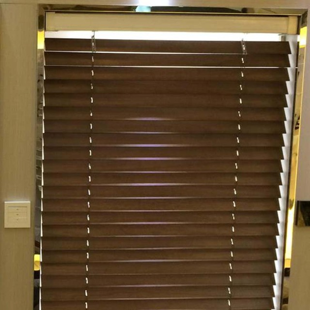 Vertical Wooden Blind Bamboo Window Shade Motorized