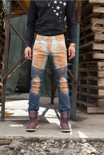 Free Shipping Men Jeans New Fashion Biker Jeans Slim Fit Zipper Pocket Denim Ripped Design Straight
