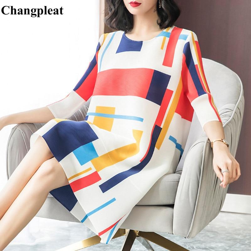Changpleat 2019 春の新女性 Miyak プリーツファッション O ネックルーズ幾何学プリント大サイズの女性のドレス潮 D9088  グループ上の レディース衣服 からの ドレス の中 1