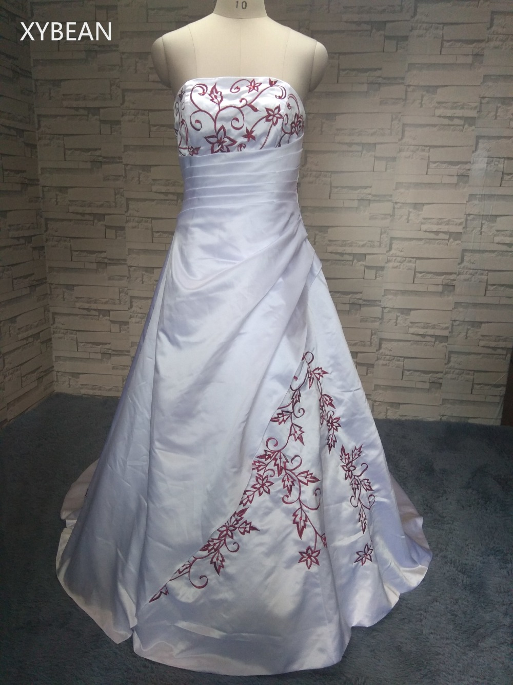Cheap Price ! 2016  Free Shipping Beading embroidery A line Strapless With Train  Wedding Dresses