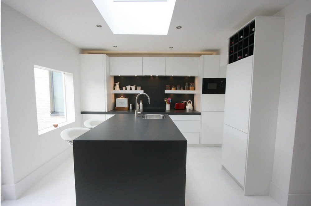 2017 Hot Sales Modern High Gloss White Lacquer Kitchen Cabinets Customized Modular Kitchen Furnitures  L1606034