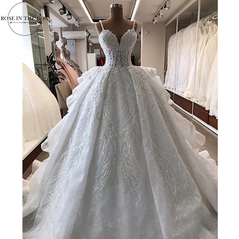 Robe De Mariee 2019 Sexy Beaded White Wedding Dress Lace Up Back Plus Size Wedding Gowns Tiered Ruffles Backless Bridal Dress