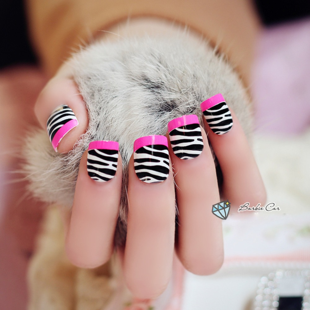 faux ongles zebre