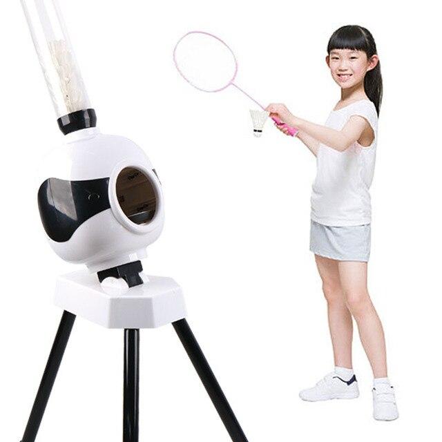 เด็กผู้ใหญ่อัตโนมัติแบดมินตันบริการเครื่องหุ่นยนต์ของขวัญแบบพกพากลางแจ้งในร่มเริ่มต้นBall Pitching Practice Trainerอุปกรณ์