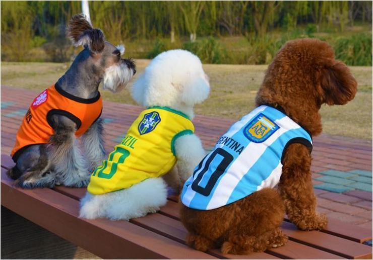 Vestiti Dell'animale Domestico Jersey Coppa Del Mondo di calcio Outdoor Sportswear Estate Traspirante Vestiti del cane T-Shirt Maglia