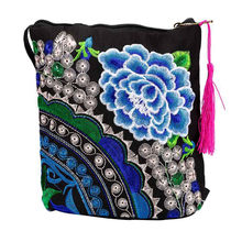 Woman Bag Ethnic Handmade Embroidered Wristlet Clutch Vintage Purse Wallet tarjetero mujer women wallets baellerry porta llaves(China)