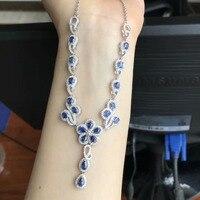 Природный синий сапфир Цепочки и ожерелья Природный камень кулон Цепочки и ожерелья S925 Щепка роскошный личности цветок женщины свадьбы юве