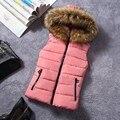 2017 otoño y el Invierno de la muchacha del estudiante escuela abajo chalecos de algodón de las mujeres corto delgado chaleco con a de piel falsa con capucha envío gratis