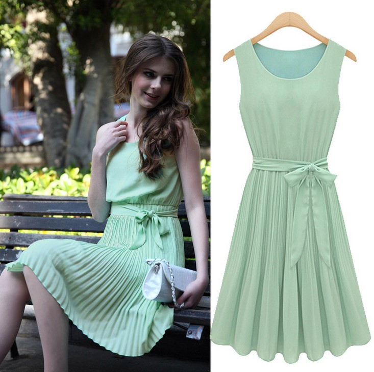 Black Friday SHARI FASHION Summer New European And American Wind Sleeveless Pleated Vest Chiffon Round Neck Dress