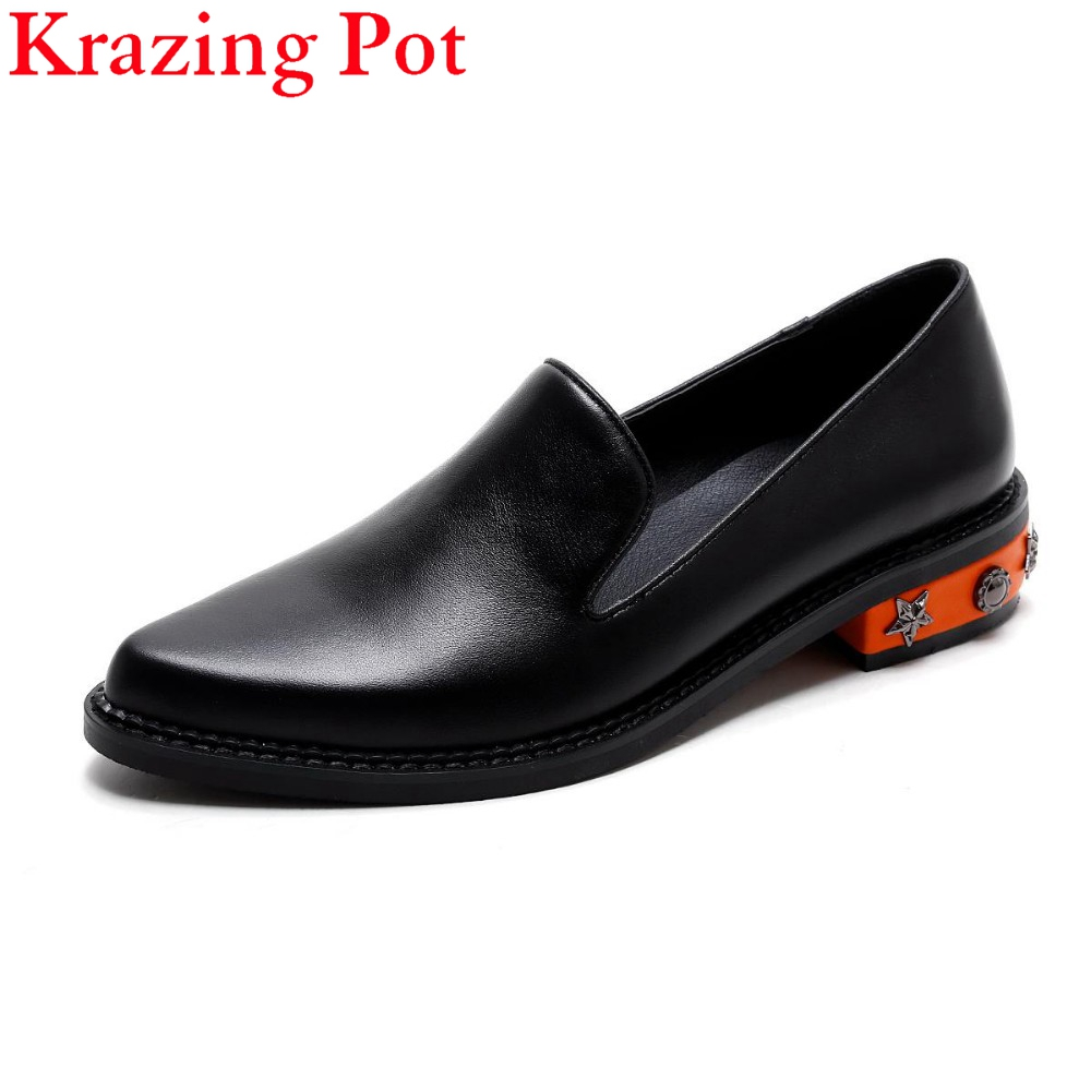 Fashion Brand Shoes Black Rivet Thick Heel Pointed Toe Women Pumps Slip on Sweet Loafer High Quality Sexy Women Causal Shoes L92 new 2017 spring summer women shoes pointed toe high quality brand fashion womens flats ladies plus size 41 sweet flock t179