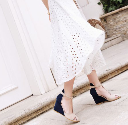 High-quality-Spring-summer-T-strap-fashion-women-wedges-sandals-lady-ankle-strap-sandals-pumps-dress (3)