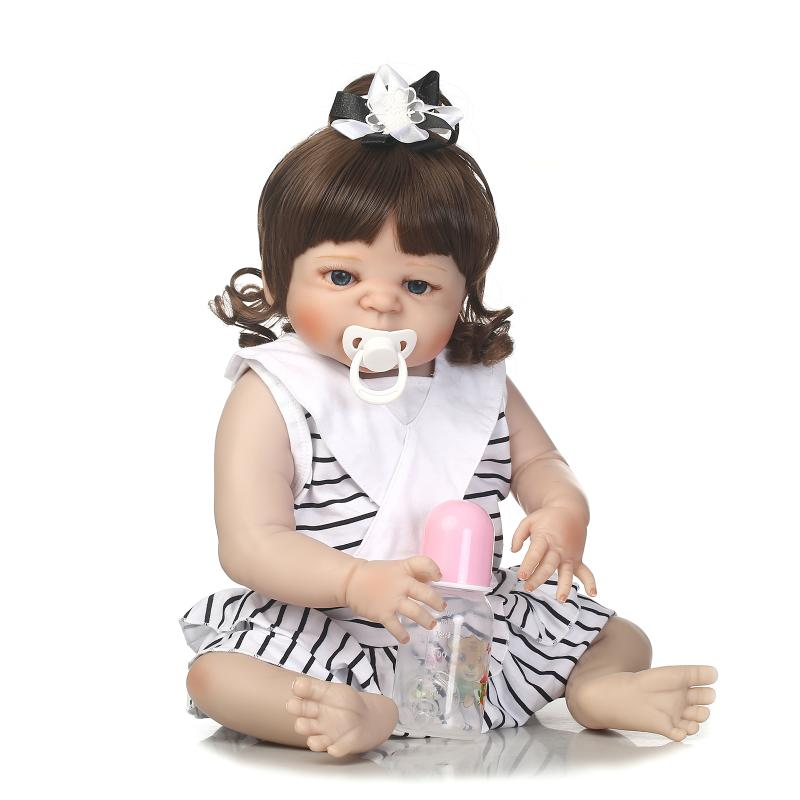 2017 New 22 Inch Silicone Reborn Doll Can Enter Water Bath Baby Realistic Doll Simulation Baby Juguete Baby Reborn Dolls Gift