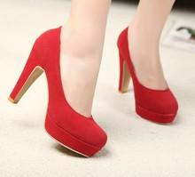2017 high-heeled shoes thick heels princess shoes shallow mouth platform round toe red wedding shoes single shoes