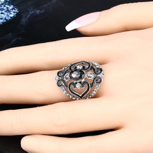 Top Quality Ancient silver Crystal Ring Flower Poetic Daisy Carved Finger for Women Wedding Engagement Fashion Jewelry