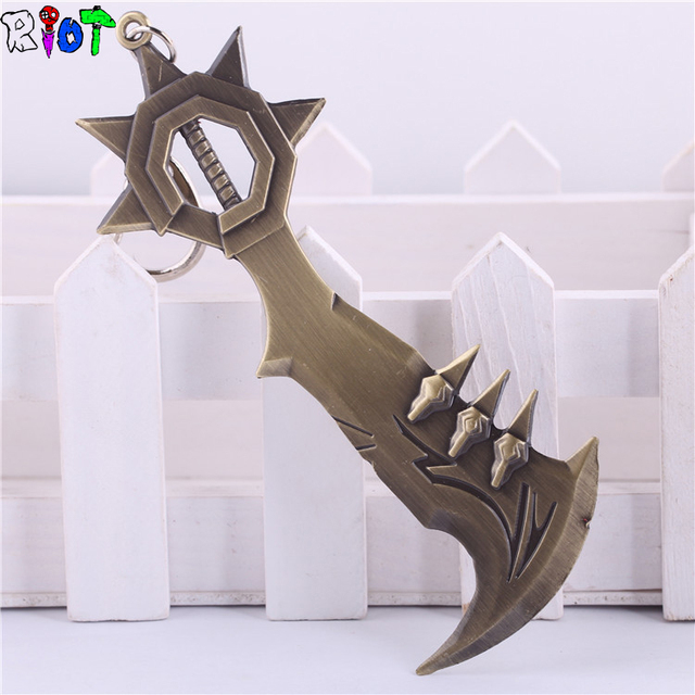 League of Legends Glory Execution Officer Draven Throwing Axe Keychain 12cm Metal Pendant Key Chain Game Theme Key Ring