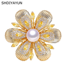 SHDIYAYUN 2019 Pearl Brooch For Women Guality Gold Flower Brooches Pins Natural Freshwater Pearl Fine Jewelry Accessories Gift cmajor flower shaped brooch with pearl jewelry silver gold color brooches for women